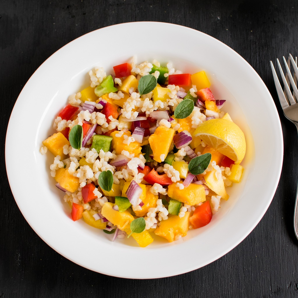 Brown Rice Papaya Salad - vegan and gluten free this salad is perfect to rejuvenate any mood because of its blissful flavor | kiipfit.com