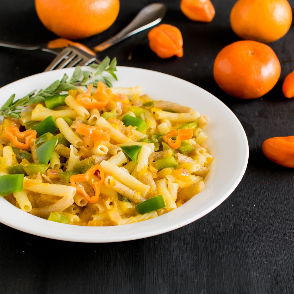 Orange Habanero Pasta - fresh oranges and habanero pepper blended together and seasoned with herbs, tossed in quinoa pasta is a vegan pretty dinner for special occasion and serves well for weeknight meals also | kiipfit.com