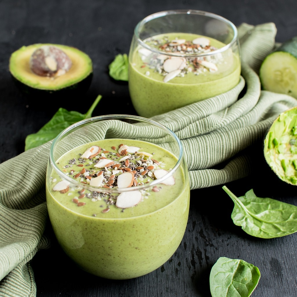 Superfood Green Smoothie is a delightful post workout recovery drink. It is a nutrition loaded powerhouse beverage with utmost combination of superfoods and greens. This smoothie is definitely a desirable beverage after a workout and a natural way to consume all the goodness of proteins, carbohydrates and not to forget the good fats [ vegan , paleo, gf , df ] kiipfit.com